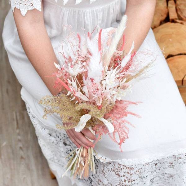Trockenblumenstrauß Trauzeugin   Brautjungfern   Rosa Versuchung   weiss-rosa