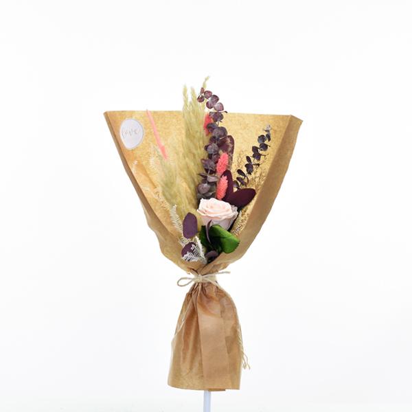 Trockenblumenstrauß Rosenglück M | Trockenblumen natur-rosa-koralle-rot