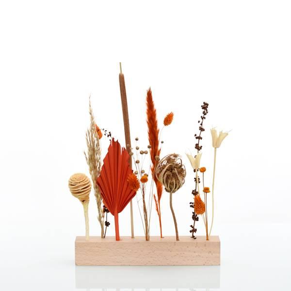 Love_Dried_flowers_Bluetenleiste_Trockenblumen_Holzleiste_getrocknete_Blumen_Holzlatte_Trockenblumenstaender_Amberliebe_1.jpg