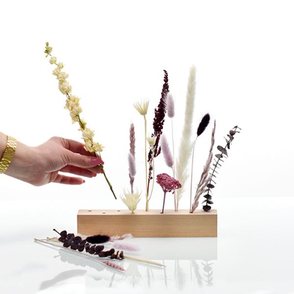 Trockenblumen | Blütenleiste | Naturschönheit | weiss-natur-altrosa-beere