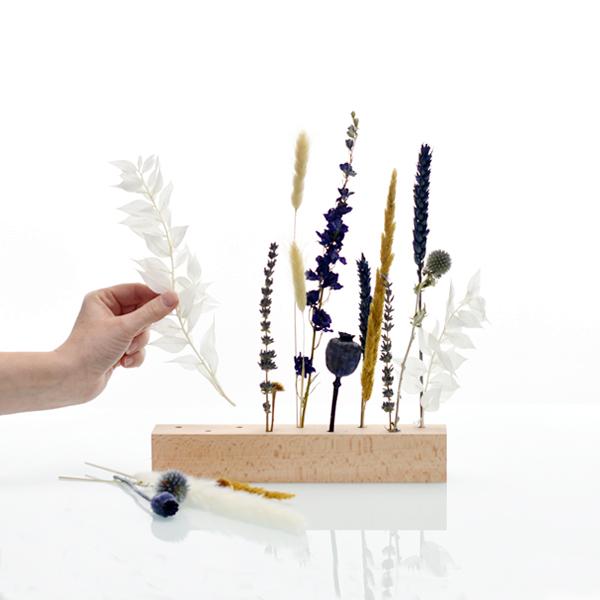 Trockenblumen | Blütenleiste | Wasserpiel | weiss-natur-blau