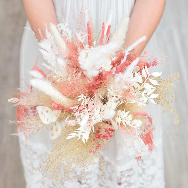 Trockenblumen Brautstrauß | Rosa Versuchung | weiss-rosa-pastell