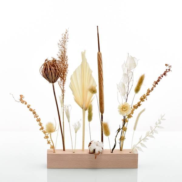 Love_Dried_flowers_Bluetenleiste_Trockenblumen_Holzleiste_getrocknete_Blumen_Holzlatte_wilde_Versuchung.jpg