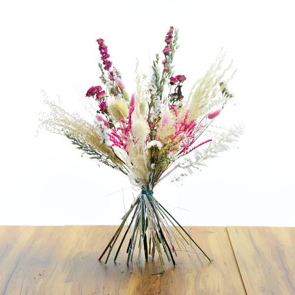 Love_dried_flowers_Trockenblumenstrauss_Trockenblumen_Strauss_Trockenstrauss_getrocknete_Blumen_Traumfarben_Large_test.jpg