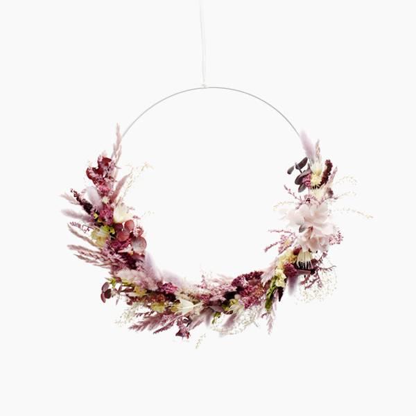 Trockenblumenkranz | Hoop | Naturschönheit | gold 50 cm | Trockenblumen weiss-rosa-flieder-beere
